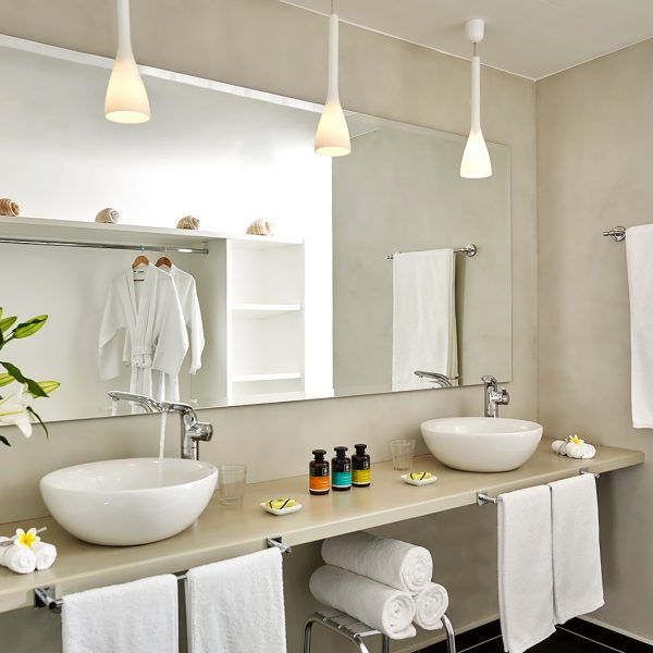 Family Residence Suite bathroom with twin washbasins, luxury toiletries, towels & wardrobe in Paros